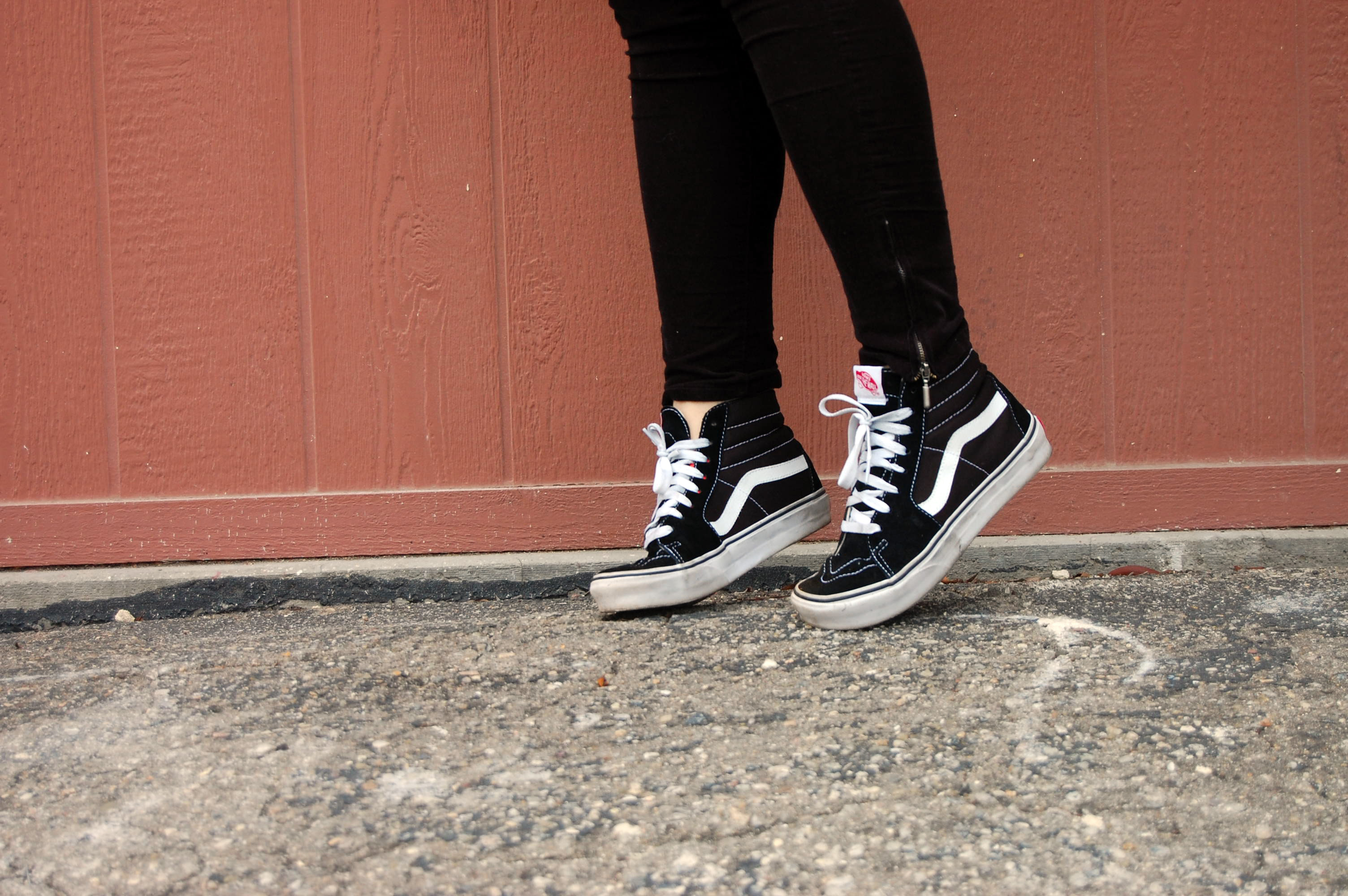 vans sk8 hi being worn